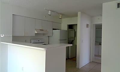 Kitchen, 12148 St Andrews Pl 101, 0