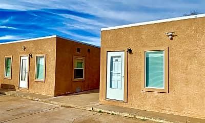 Building, 406 E 5th St, 1