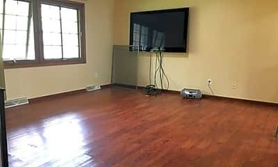 Living Room, 7725 Zealand Ave N, 1