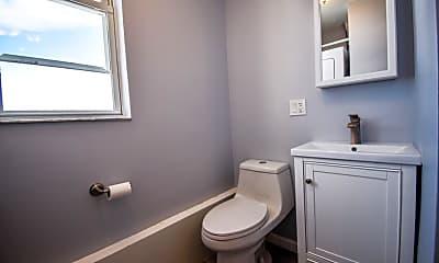Bathroom, 1614 Summit Ave 16, 2