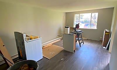Living Room, 1087 Winona Dr, 1