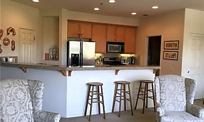 Kitchen, 323 Ameno Dr W, 2