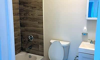 Bathroom, 14 Highland Terrace, 1