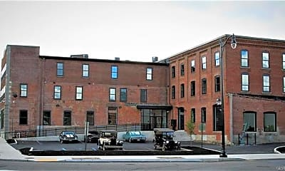 Building, 107 Hamilton St 7, 0