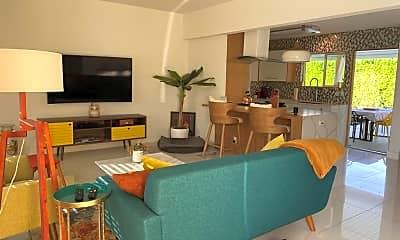 Living Room, 2101 N Viminal Rd, 1