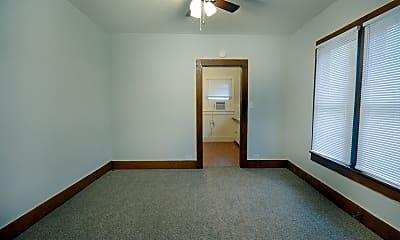 Bedroom, 1001 N Park St, 1
