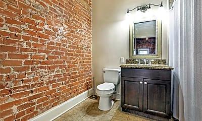 Bathroom, 137 Carondelet St 402, 2