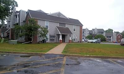 Goose Creek Apartments, 0