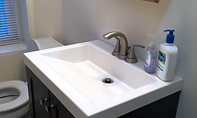 Bathroom, 4095 Pechin St, 2