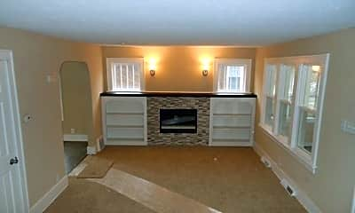 Living Room, 216 N Victoria St, 1