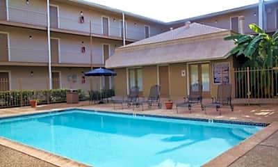 Lake Villa Apartments, 1
