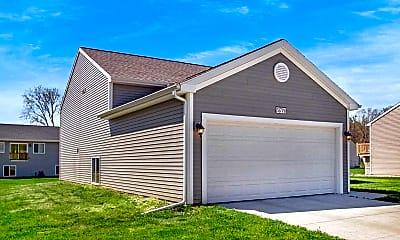Building, 51779 Hannigan Dr, 1