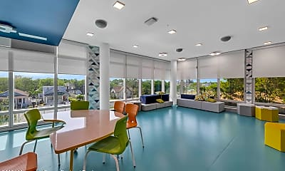 Dining Room, 30 Melrose Terrace 518, 2