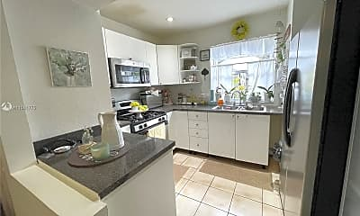 Kitchen, 7105 SW 113th Ct, 1