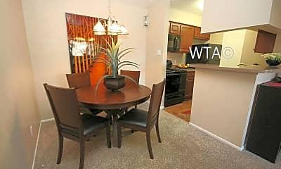 Dining Room, 3111 Parker Ln, 1