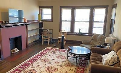 Living Room, 2511 E Belleview Pl, 0