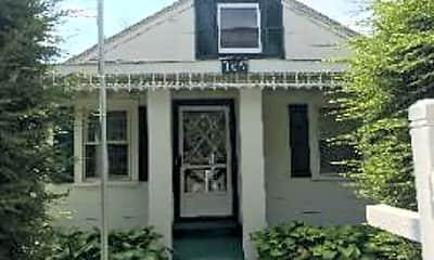 Building, 105 C St, 0