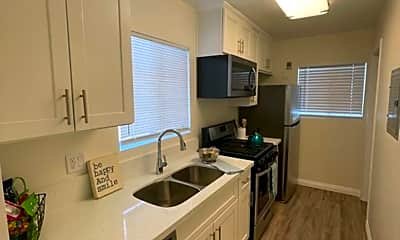 Kitchen, 1414 S Campbell Ave, 0