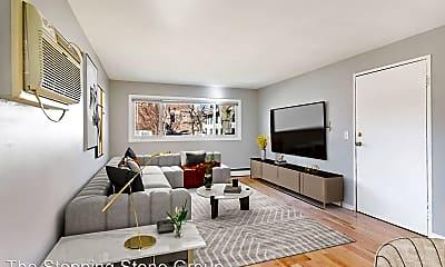 Living Room, 2841 33rd Ave S, 0