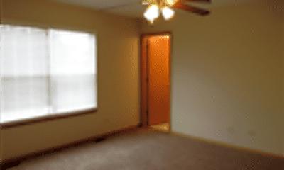 Living Room, 2009 Briar Ridge Court, 2