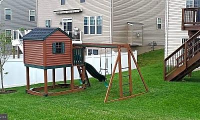 Playground, 5848 Amanda Rose Ln, 2