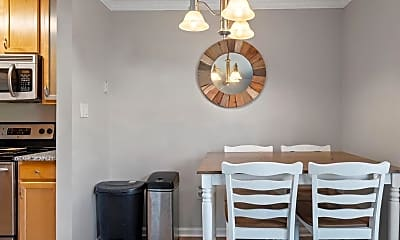 Dining Room, 15597 Horseshoe Ln, 2