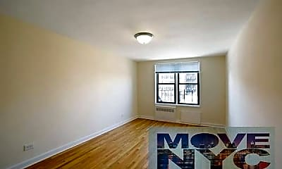 Living Room, 2815 Coyle St, 1