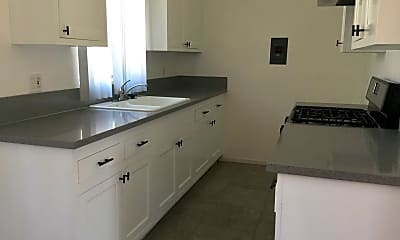 Kitchen, 21014 Reynolds Dr, 0