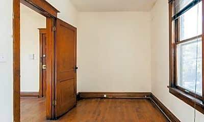 Bedroom, 2145 W Webster Ave, 1