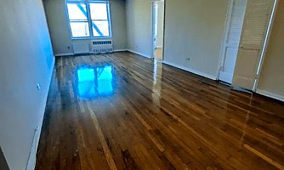 Living Room, 71-40 112th St, 1