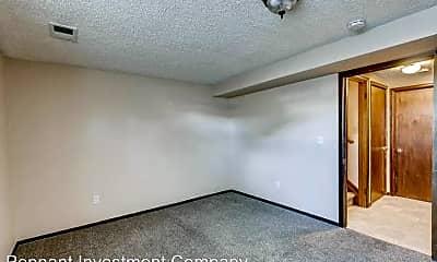 Bedroom, 327 Quebec Ave, 2