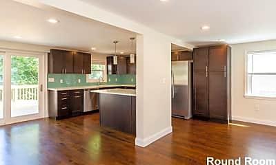 Kitchen, 77 Rock Glen Rd, 1