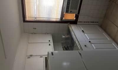 Kitchen, 316 Wildermere Rd, 2