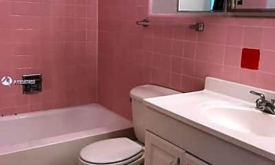 Bathroom, 1643 Wiley St 12, 2