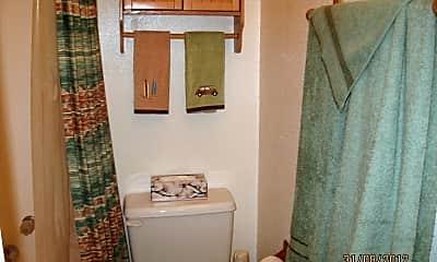 Bathroom, 2310 Collins Ave, 2