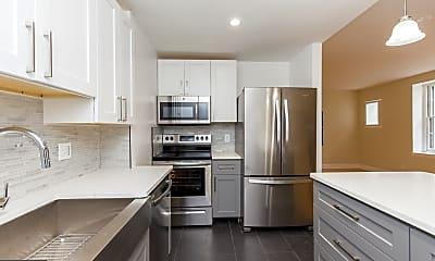 Kitchen, 44 S 3rd St 4R, 1