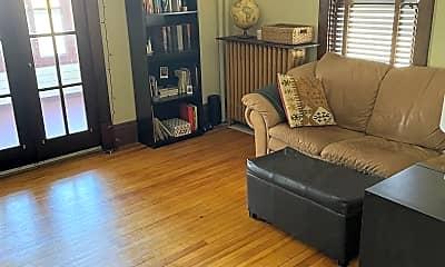 Living Room, 1901 3rd Ave N, 1