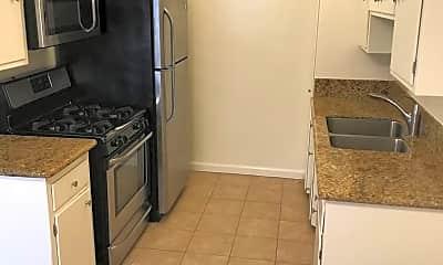 Kitchen, 1408 Amherst Ave, 0