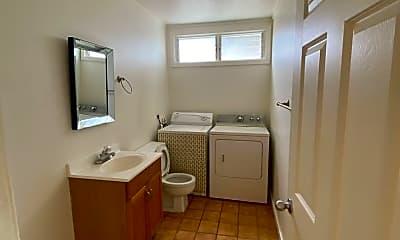 Bathroom, 2317 Akiki Pl, 2