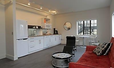 Kitchen, 402 E 9th St 107, 2