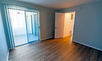 Living Room, 18407 Dearborn St, 2