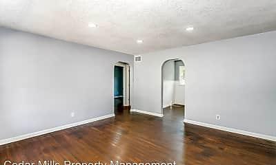 Living Room, 2805 E Pawnee St, 2