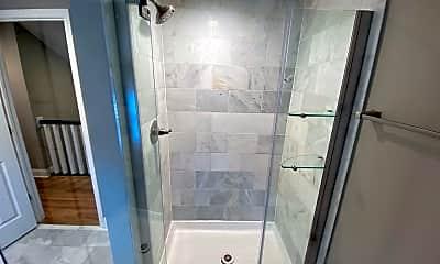Bathroom, 2060 Tuller St, 2