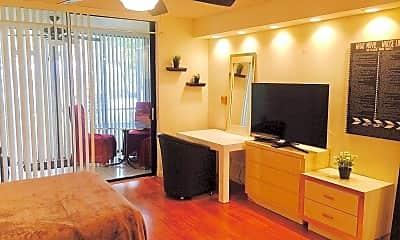 Living Room, 3680 Inverrary Dr, 0