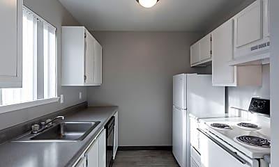 Kitchen, Pine Square, 0