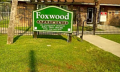 Foxwood Apartments, 1