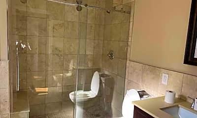 Bathroom, 171-43 Ashby Ave, 2