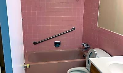 Bathroom, 4240 Mission St, 2