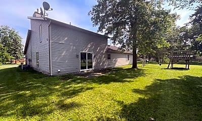 Building, 10515 Longwood Dr, 2