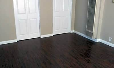 Bedroom, 711 S Westlake Ave, 0
